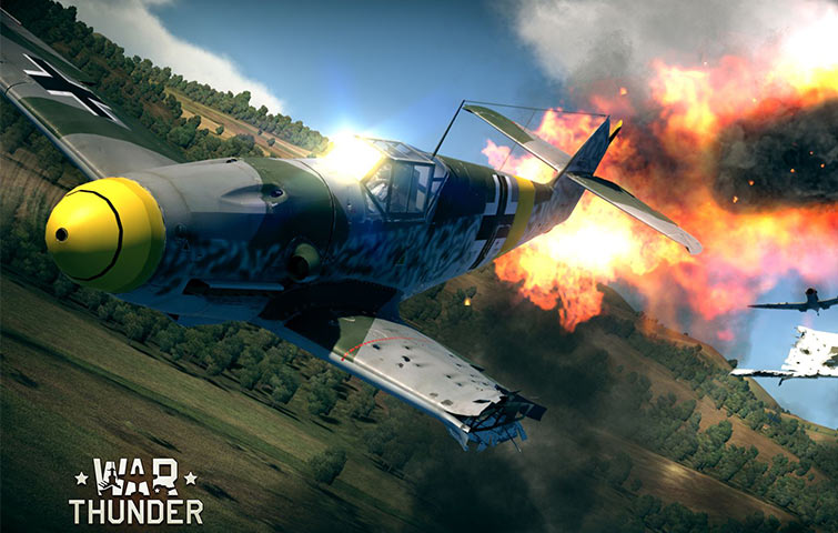 War Thunder in-game screenshot of war plane combat